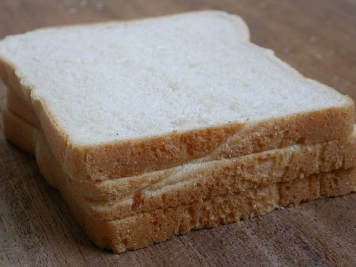 white-bread-sliced